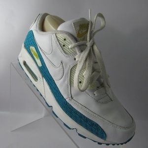 Nike Air Max 90 Size 7.5 M White Shoes For Women